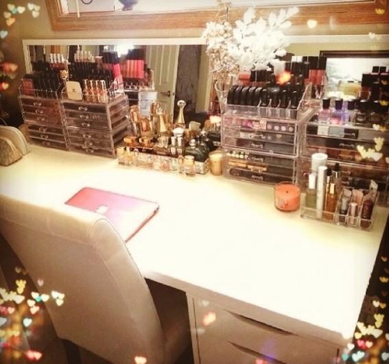 10 astuces rangement maquillage tr s utiles astuces de - Idee de rangement maquillage ...