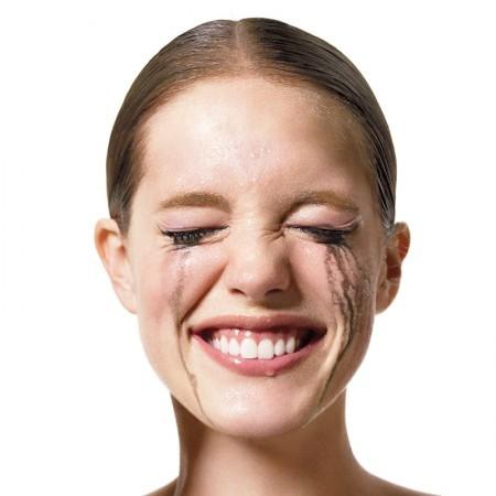 comment-faire-tenir-son-maquillage-plus-longtemps-450x450