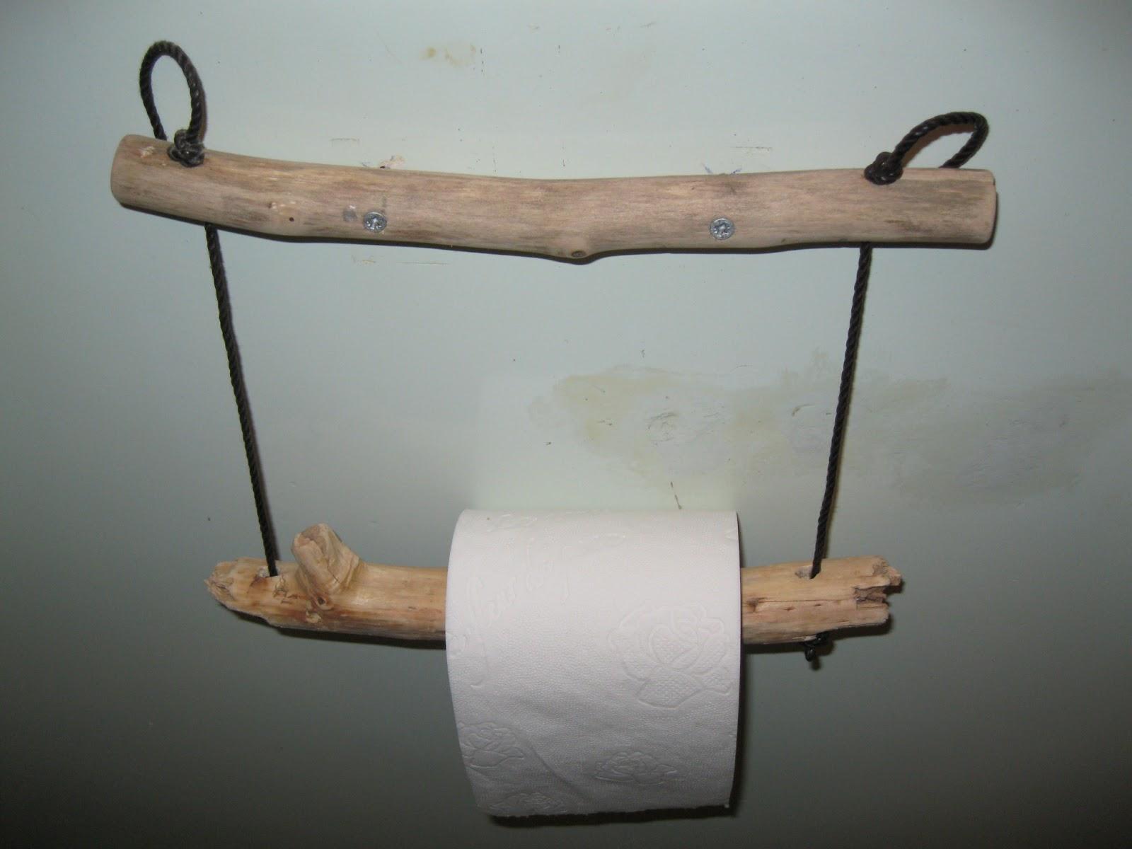 7 id es d co supers pour vos toilettes astuces de filles - Idee deco avec bois flotte ...