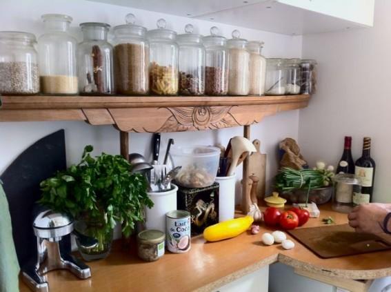 7 astuces rangements pratiques pour sa cuisine astuces de filles. Black Bedroom Furniture Sets. Home Design Ideas