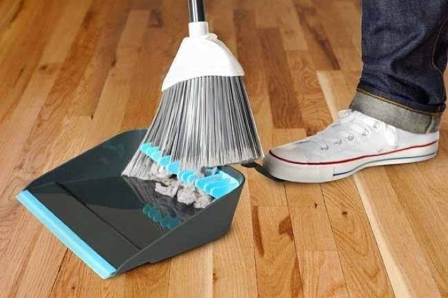 12-Clever-Gadgets-Dust-Pan