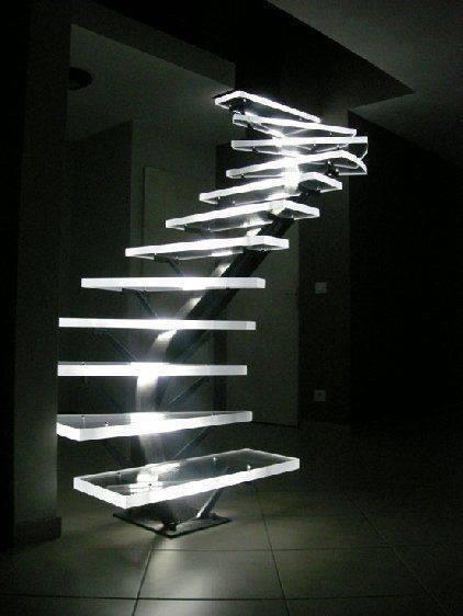 tendance optez pour les escaliers lumineux astuces de. Black Bedroom Furniture Sets. Home Design Ideas