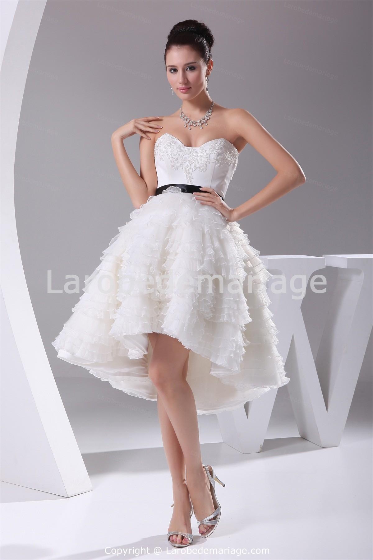 ... de robes. Neuf robes de mariées courtes géniales et sublimes