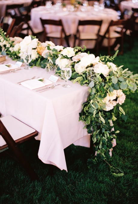 Floral-Table-Runners-Leo-Patrone
