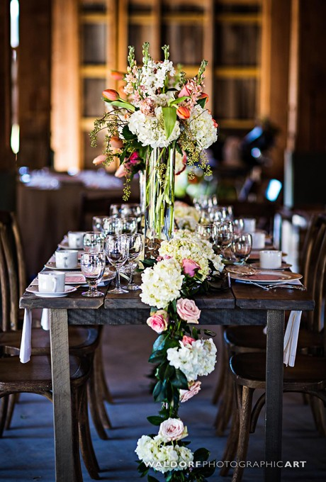 Floral-Table-Runners-Waldorf-Photographic-Art