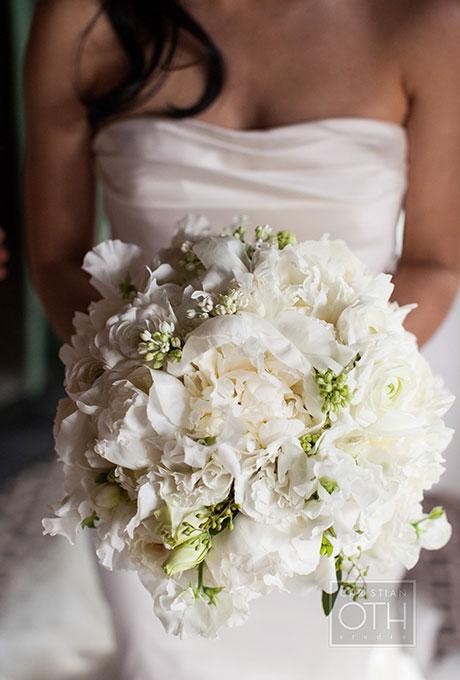 White-Bouquets-Christian-Oth-Studio