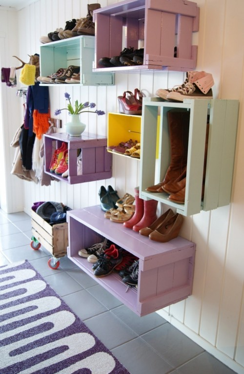diy-colorful-shoe-wall-storage-2-500x768