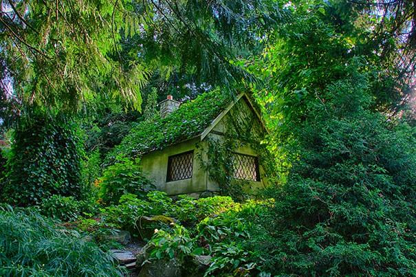 fairy-tale-houses-4