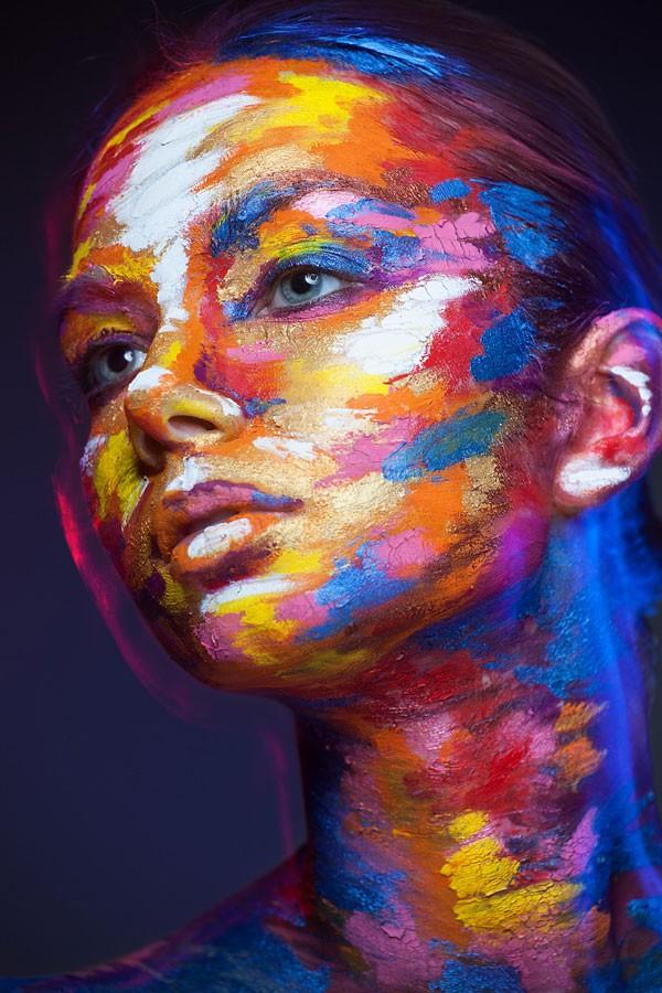 valeriya-allie-la-2d-a-la-3d-a-travers-de-magnifiques-maquillages-artistiques-en-trompe-loeil19