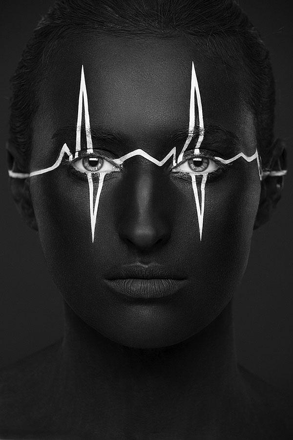 valeriya-allie-la-2d-a-la-3d-a-travers-de-magnifiques-maquillages-artistiques-en-trompe-loeil21
