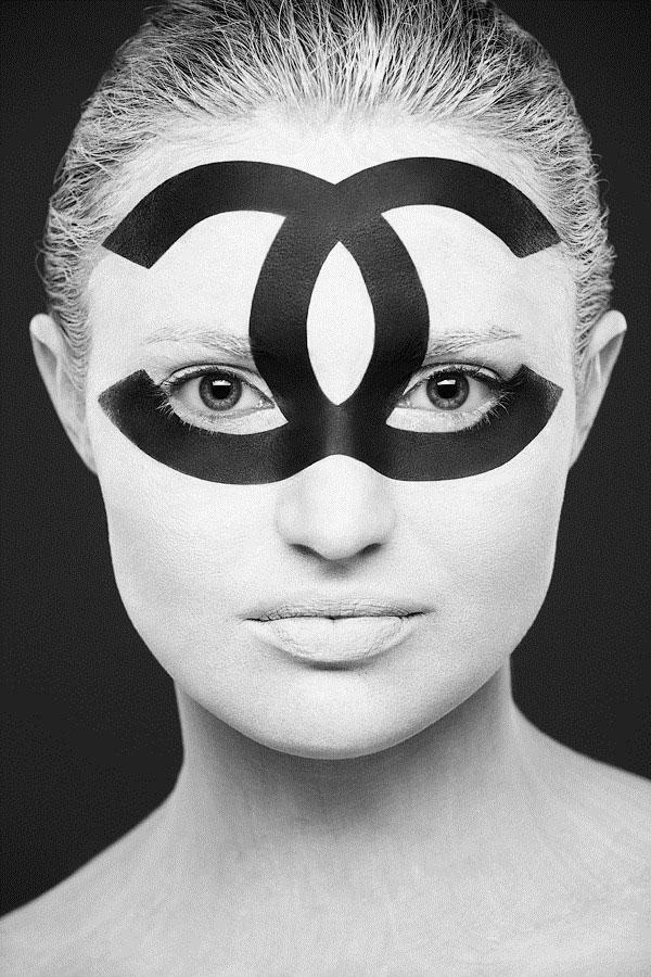 valeriya-allie-la-2d-a-la-3d-a-travers-de-magnifiques-maquillages-artistiques-en-trompe-loeil5