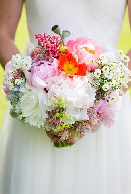 wedding-bouquet-costs-Erin-Ostreicher-02