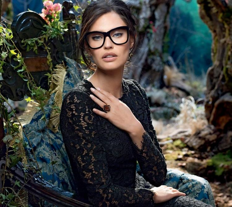 15 idées de maquillage avec des lunettes  Astuces de filles