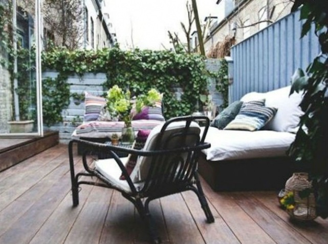 38 inspirations de d co pour votre terrasse cet t. Black Bedroom Furniture Sets. Home Design Ideas