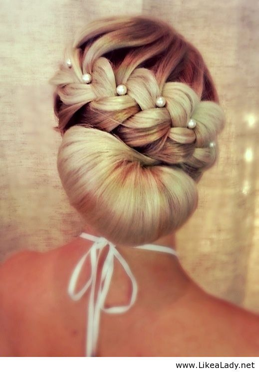 Pearl-studded-braid-with-a-chignon