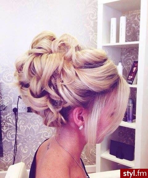updoevening-hairprom-hairwedding-hair