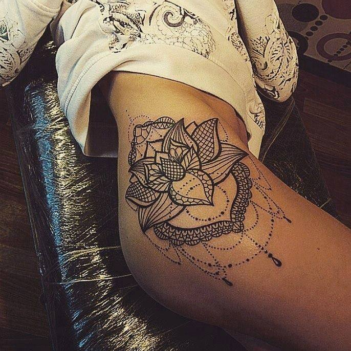 les 50 plus beaux tatouages f minin astuces de filles. Black Bedroom Furniture Sets. Home Design Ideas