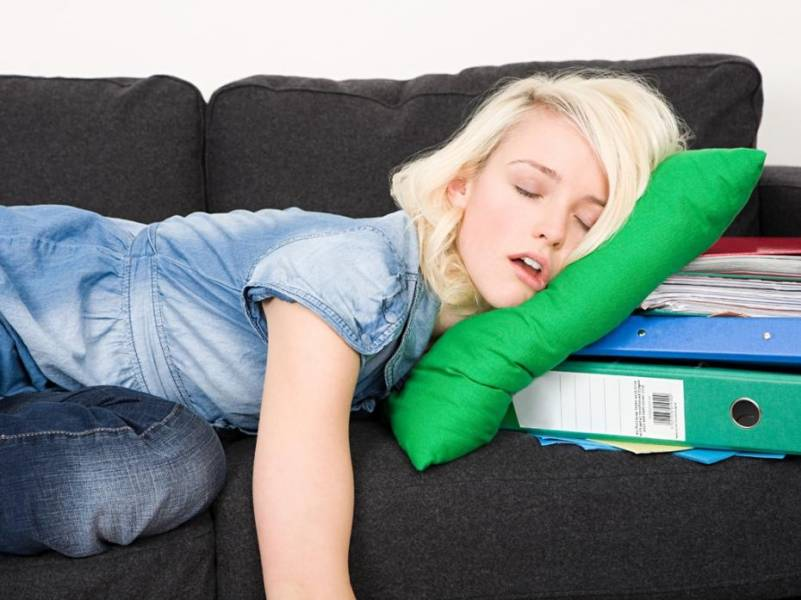 6 astuces pour dormir vite et bien astuces de filles. Black Bedroom Furniture Sets. Home Design Ideas