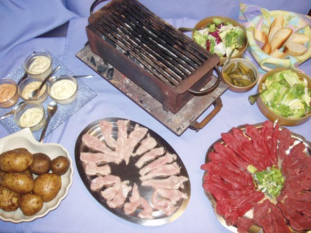 Idee de repas entre amis barbecue entre amis quelques for Idee menu entre amis