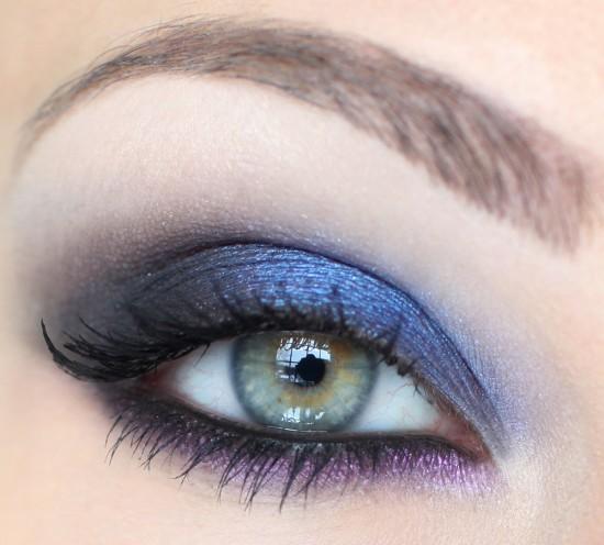 8 astuces pour choisir son maquillage en fonction da la couleur de ses yeux et de ses cheveux - Maquillage pour yeux vert ...