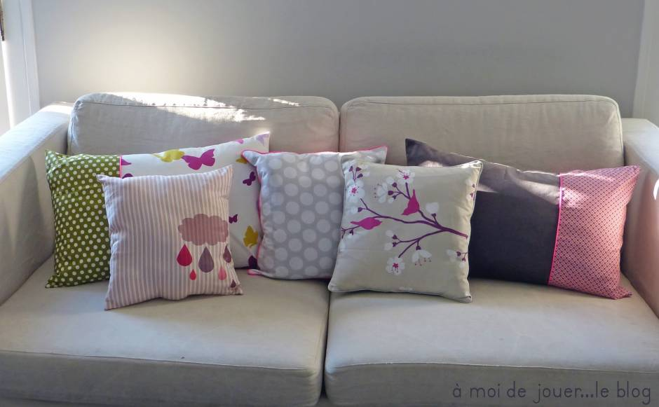 6 tutoriels pour des coussins tendances astuces de filles. Black Bedroom Furniture Sets. Home Design Ideas