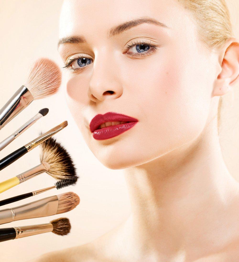 4 astuces maquillage que vous ne connaissez pas astuces de filles. Black Bedroom Furniture Sets. Home Design Ideas