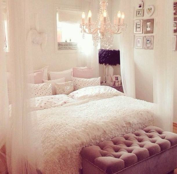 7 diy pour d corer votre chambre astuces de filles. Black Bedroom Furniture Sets. Home Design Ideas