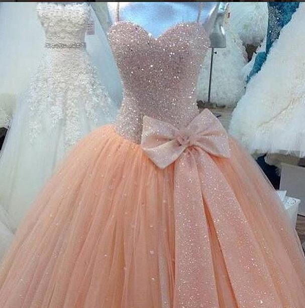 Top 14 robes de mariées super glamours et romantiques   Astuces de filles HW35