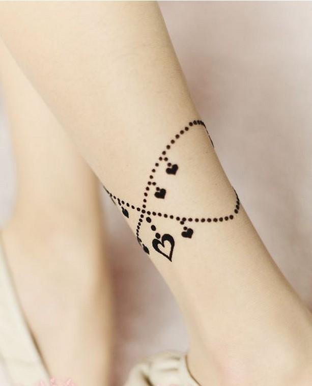 8 tatouages bracelets g niaux en trompe l il astuces de filles. Black Bedroom Furniture Sets. Home Design Ideas