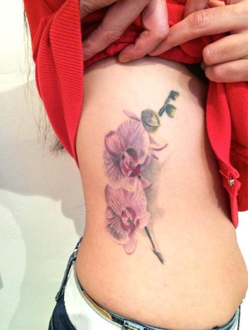 7 Idees De Tatouages A Base De Fleurs
