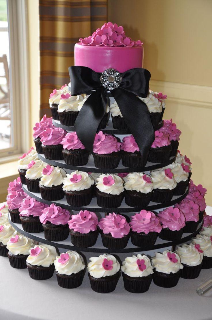 Cupcakes 10 id es originales pour une pi ce mont e styl e astuces de filles - Photos de pieces montees originales ...
