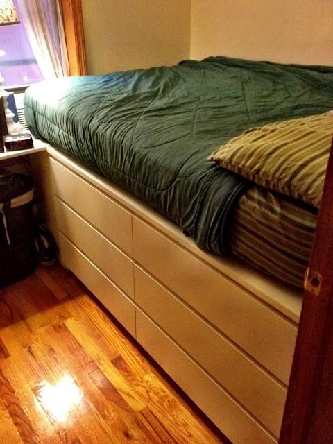 25 astucieuses techniques pour embellir votre lit for Ikea critique de lit de stockage de malm
