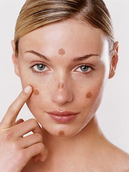 4-astuces-pour-rattraper-un-maquillage-rate-fond-de-teint-mauvais