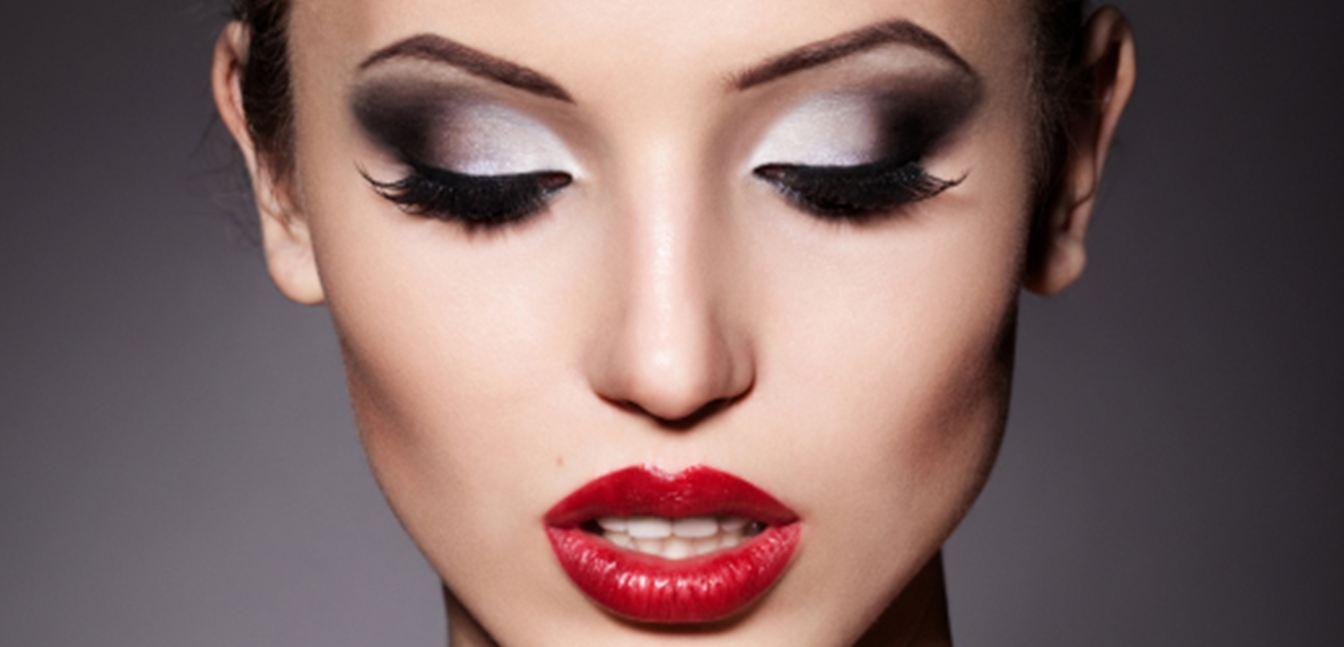 Favori 4 conseils contre les bavures de maquillage | Astuces de filles EN15